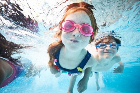 2018_10_02_Iris_Haven-Yorkshire_Day1_Shot-1-SwimmingPool_0674.jpg - Haven Holidays – Summer - Jack Terry