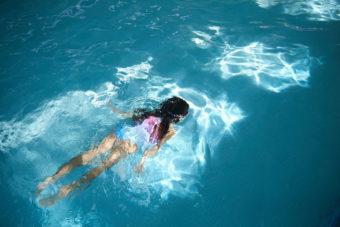 2018_10_02_Iris_Haven-Yorkshire_Day1_Shot-3-Splash-Pool_0147.jpg - Haven Holidays – Summer - Jack Terry